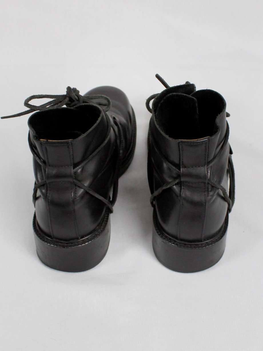 Dirk Bikkembergs black boots with flap and laces through the soles (44) — late 90's