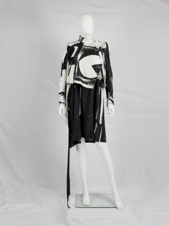 Ann Demeulemeester black and white fencing jacket with side button closure — spring 2011