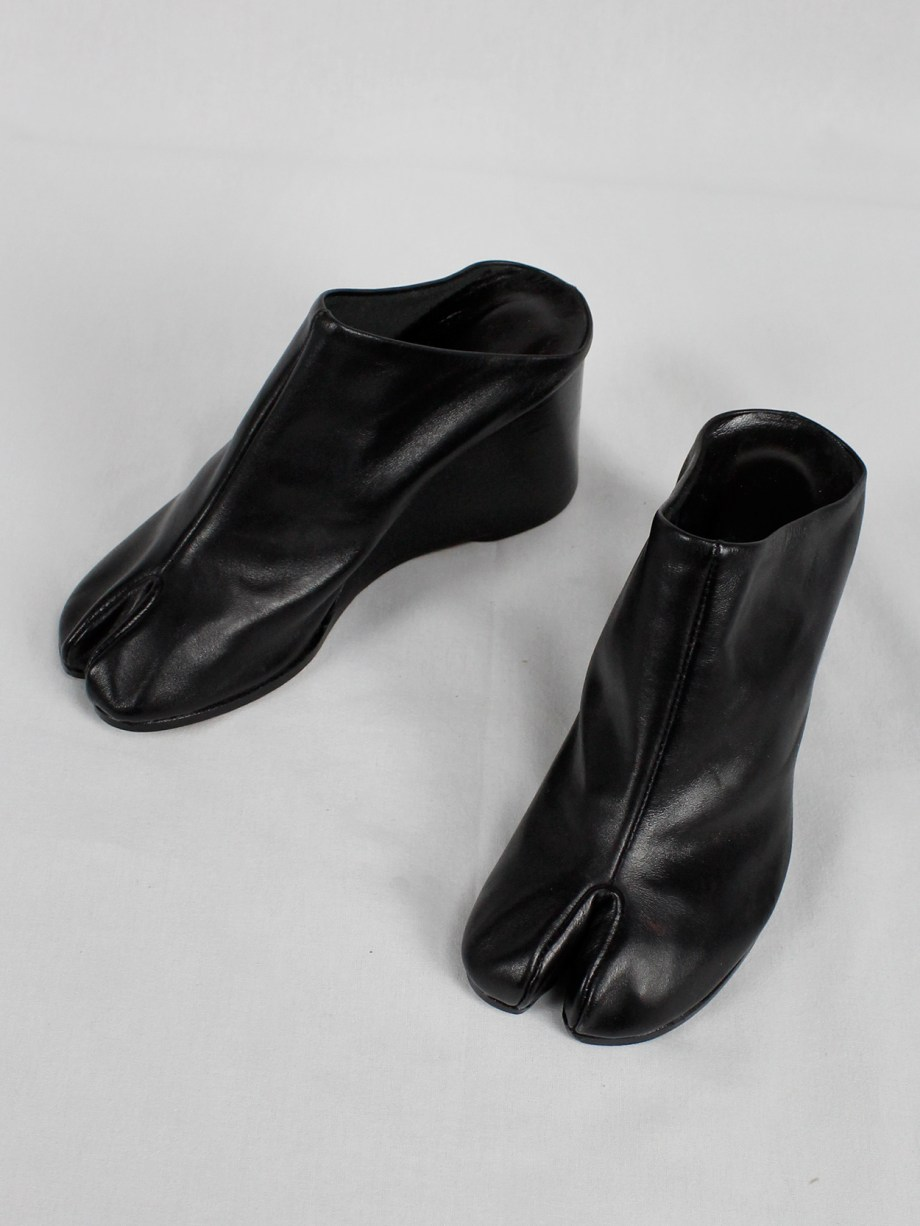 Maison Martin Margiela black tabi slippers with wedge heel (37) — spring 2002