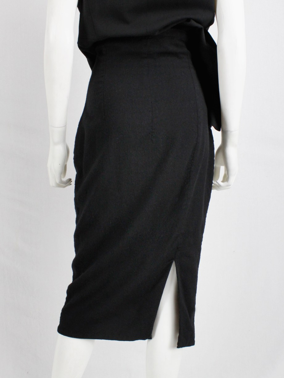 Haider Ackermann black pencil skirt with two zipper waves runway fall 2012 (5)