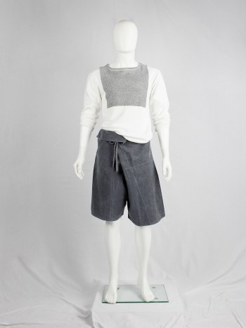 Bless n°20 grey extra oversized stoneshorts with paperbag waist — 2003