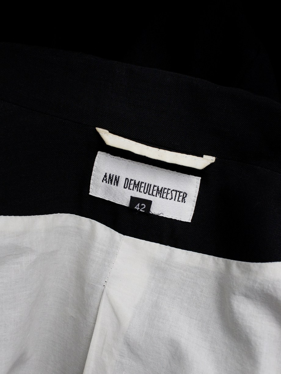 Ann Demeulemeester Blanche re-edition of a fall 1996 asymmetric black blazer (9)