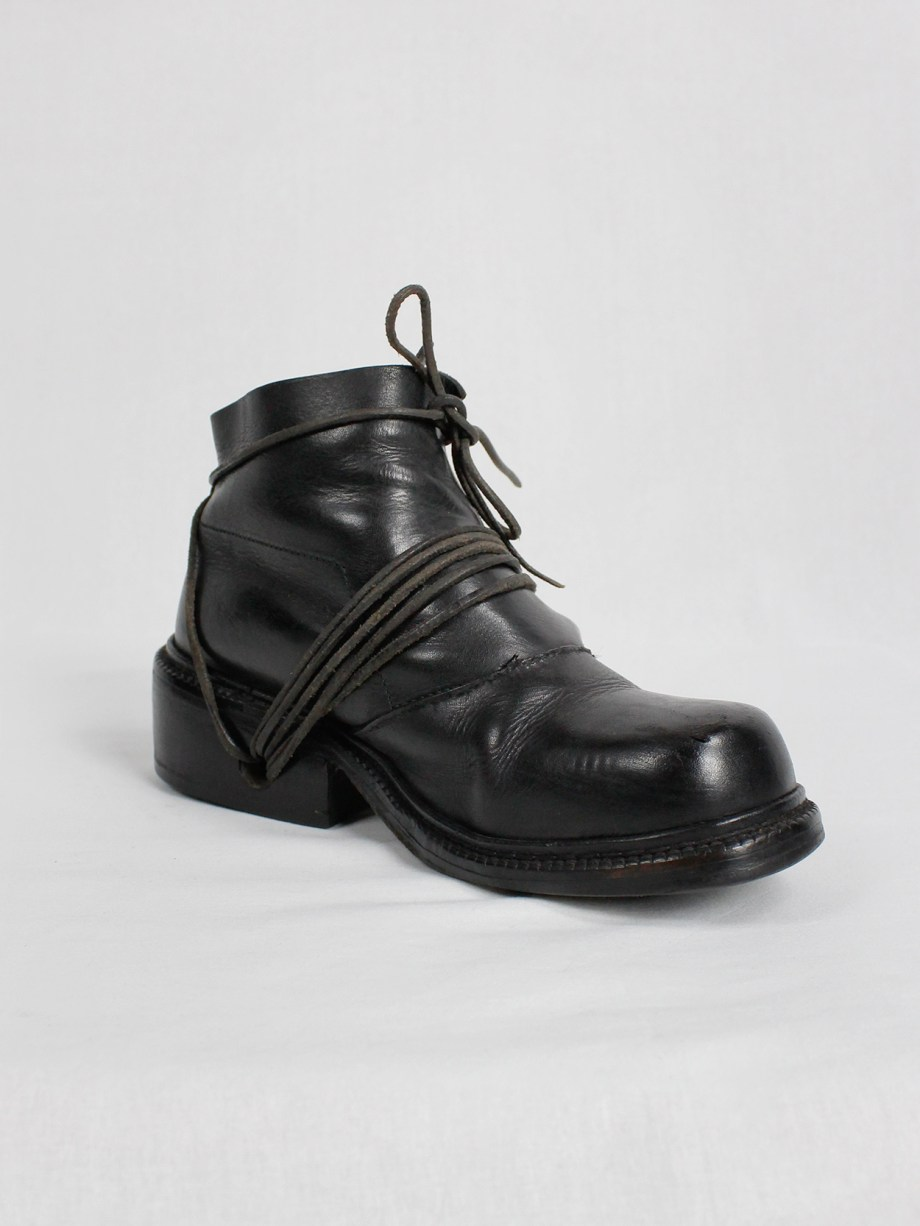 Dirk Bikkembergs black boots with flap and laces through the soles (37) — fall 1994