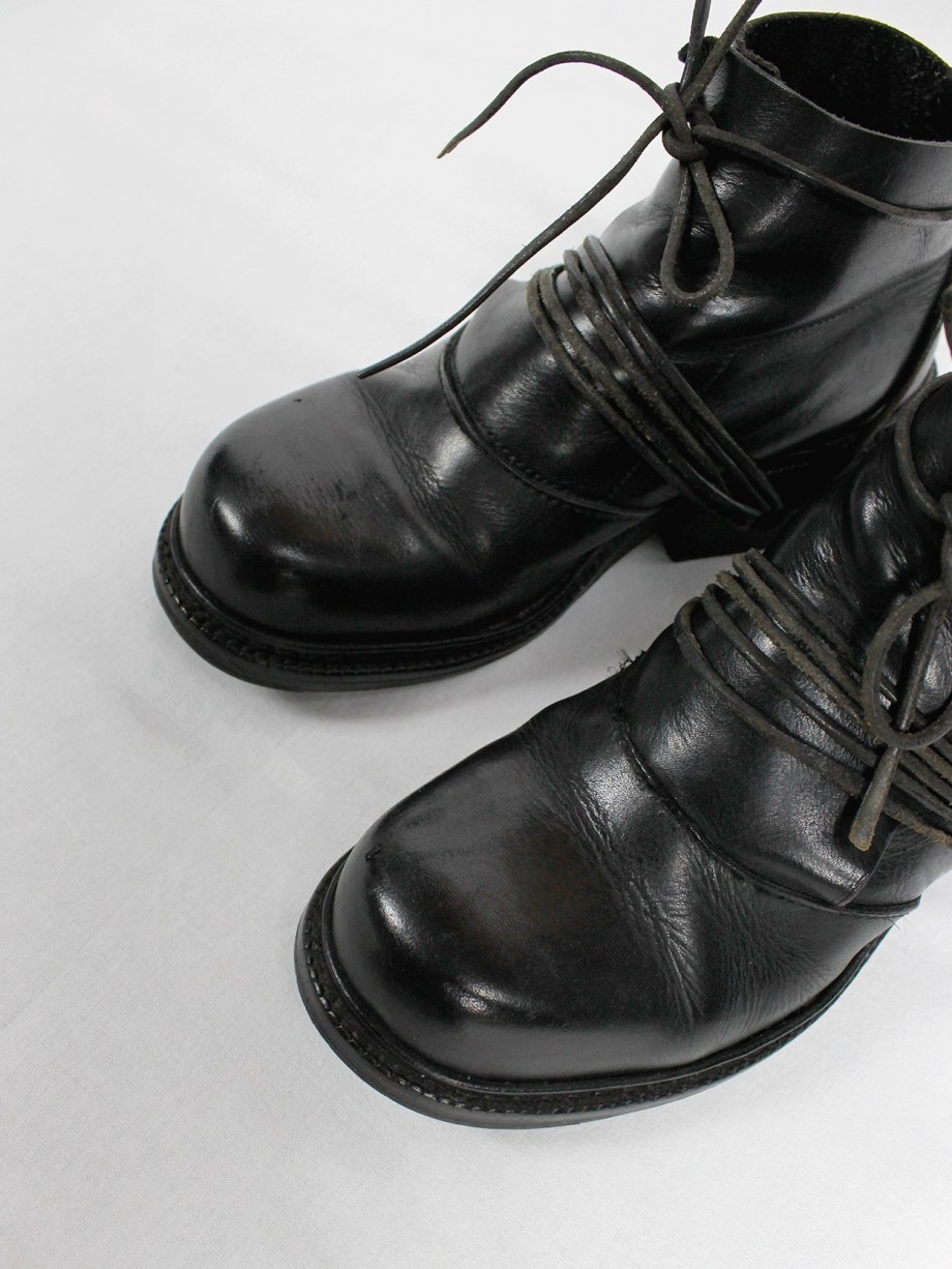 Dirk Bikkembergs black boots with flap and laces through the soles fall 1994 (5)