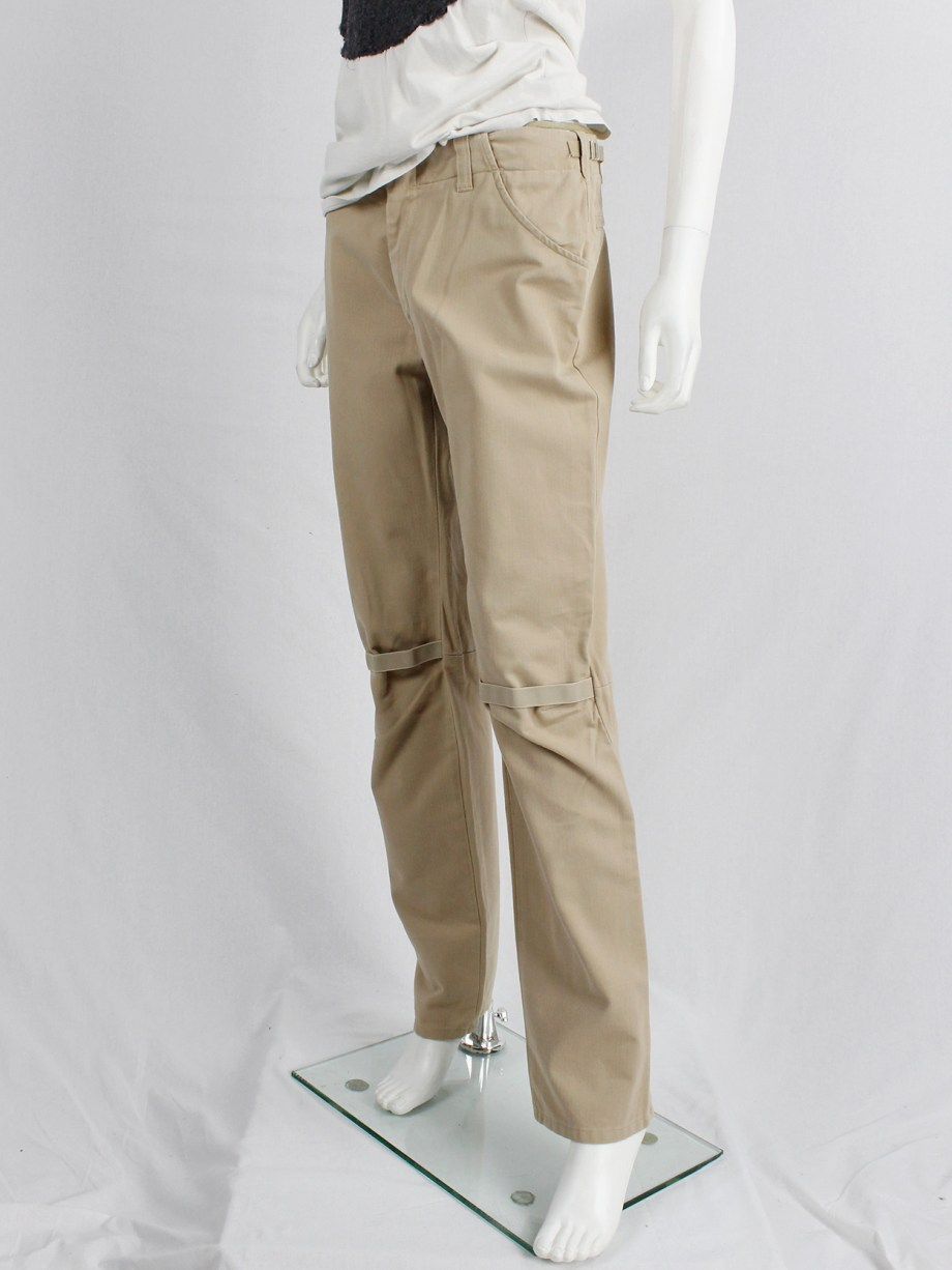 Helmut Lang beige trousers with elastic bands at the knees — 90's