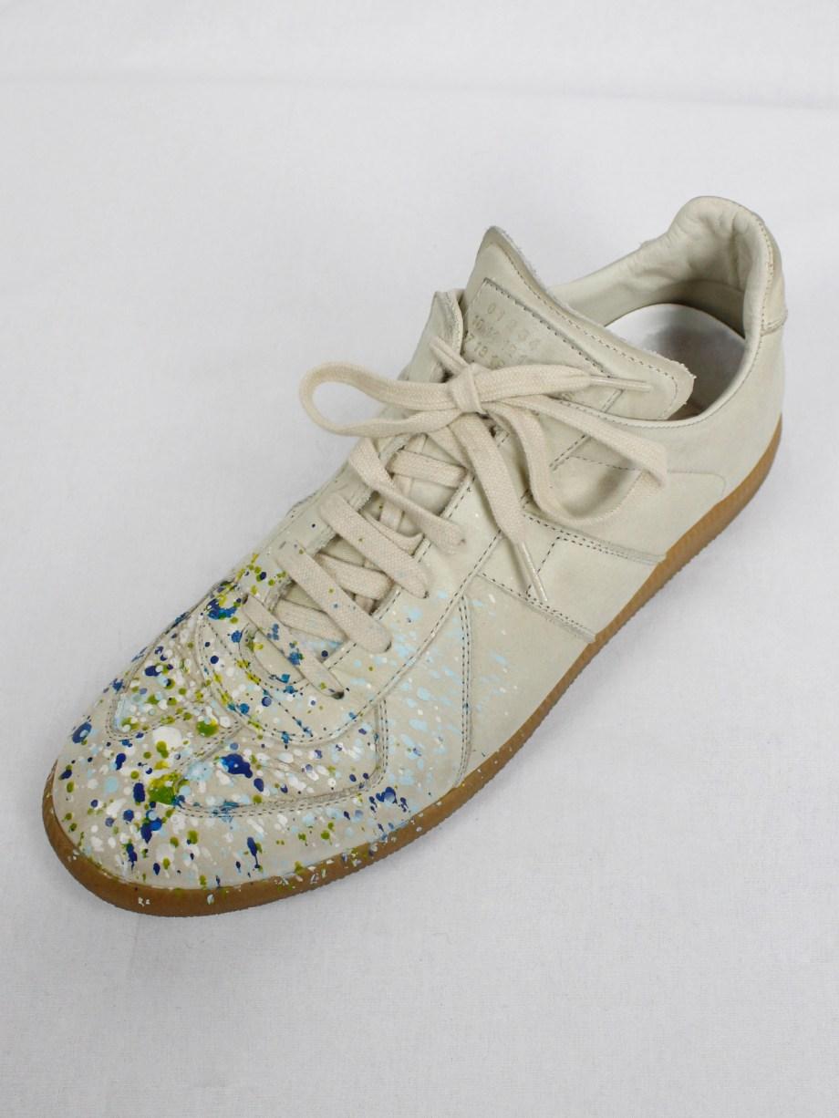 Maison Martin Margiela replica beige sneakers with paint splatters (44)