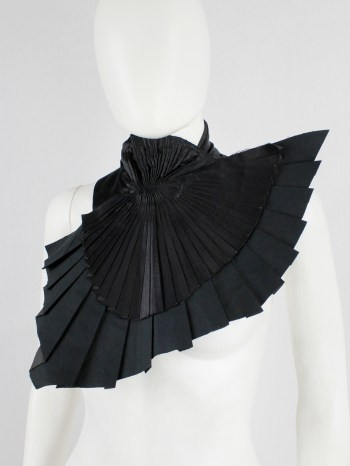 A.F. Vandevorst black collar with pleated wing-shaped bib — fall 2001