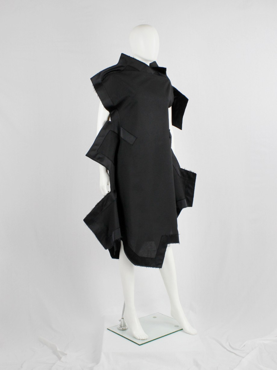 Comme des Garçons black geometric two-dimensional paperdoll dress fall 2012 (18)