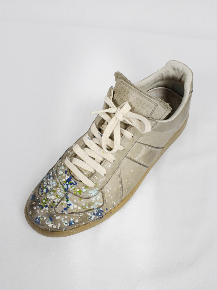Maison Martin Margiela dark beige sneakers with paint splatters (41) — fall 2016