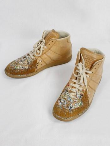 Maison Margiela orange high top sneakers with paint splatters (46)