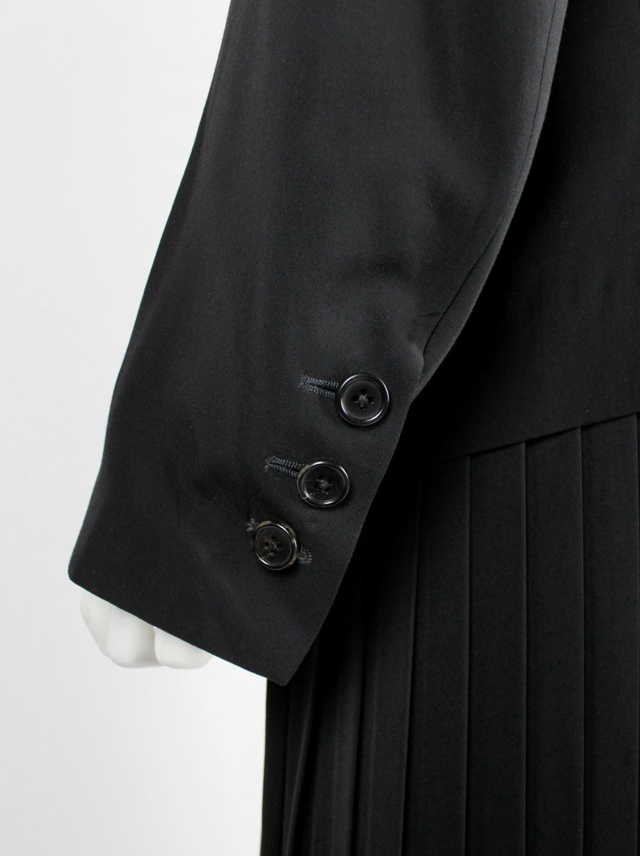 Ann Demeulemeester black classic blazer with single button closure (3)