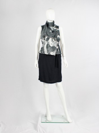 Ann Demeulemeester black and white bird print vest with standing neckline — spring 2010