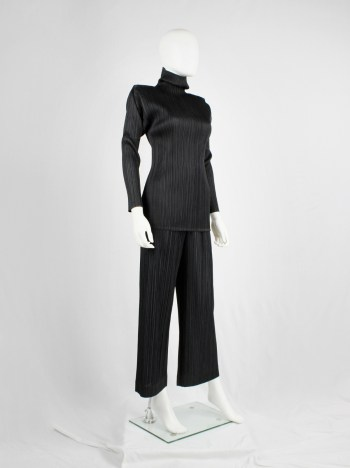 Issey Miyake black pleated turtleneck jumper with square shoulders
