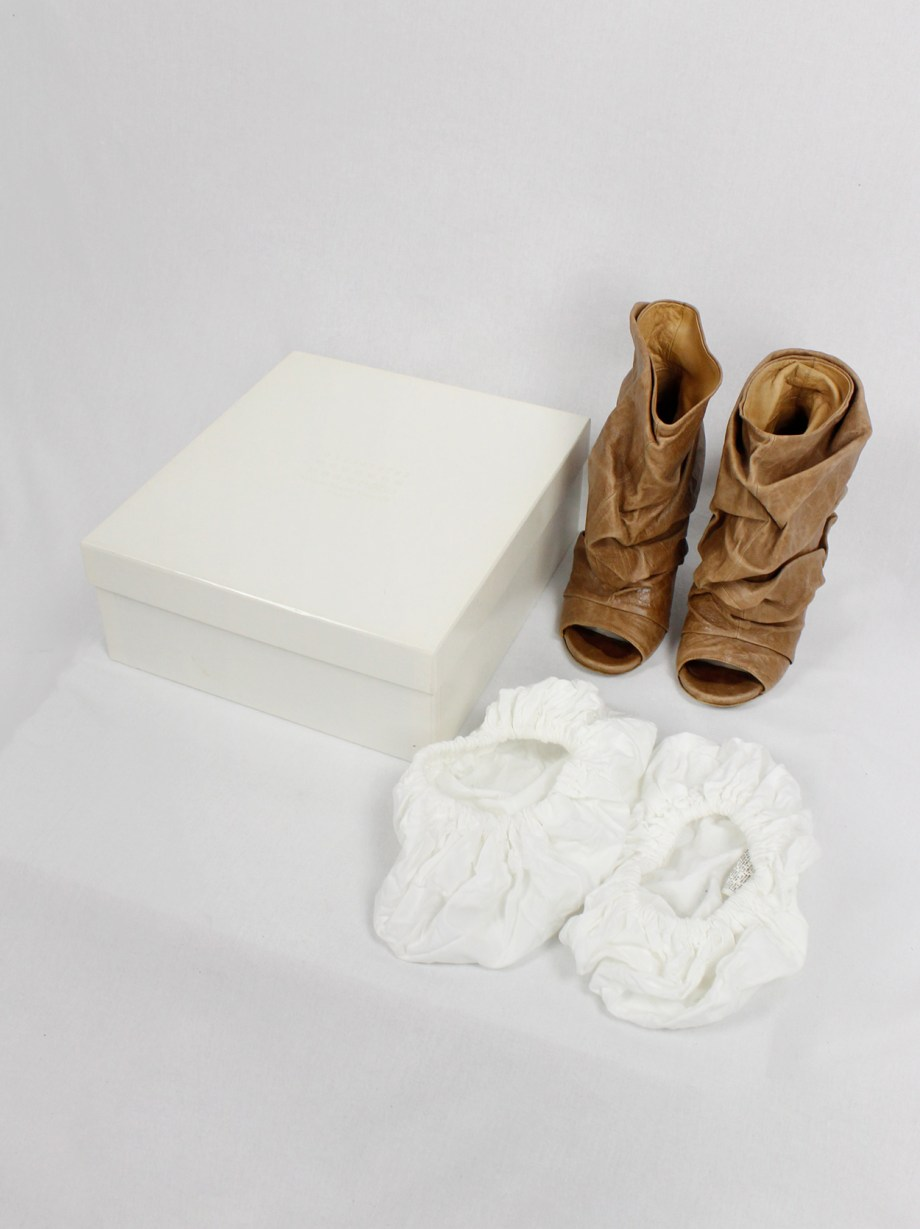 Maison Margiela brown 'paper bag' ankle boots with stiletto heel (37) — spring 2010