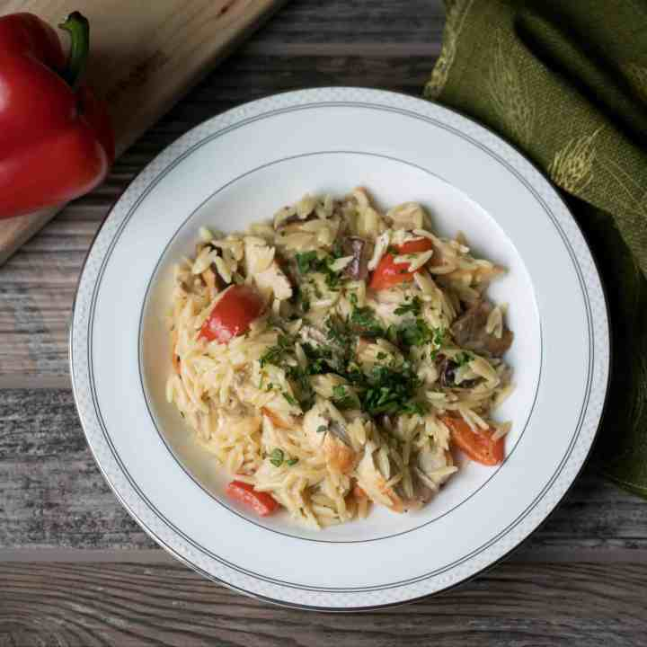 Creamy Orzo Chicken with Red Peppers and Mushrooms