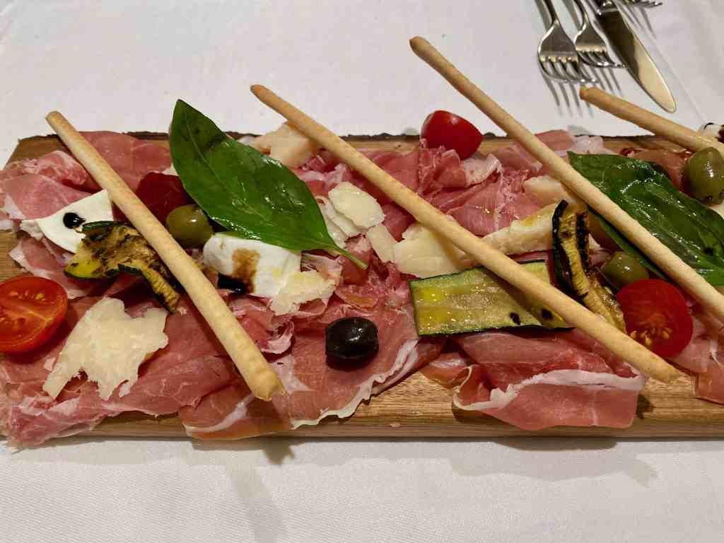 charcuterie platter at restaurant schloss Oberhöfen