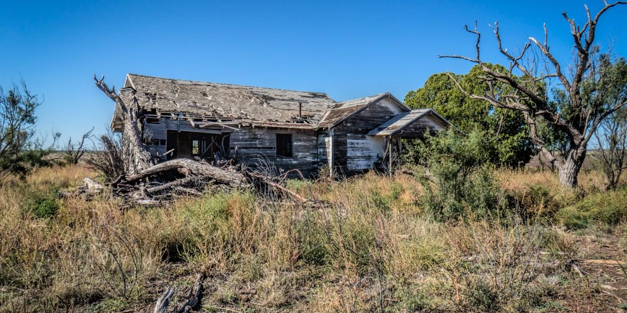Abandoned Farm House Near Hamlin, Texas