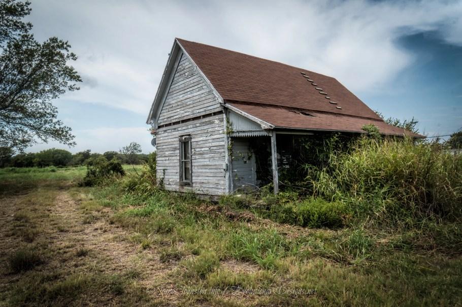 Abandoned Farmhouse near Ector, Texas