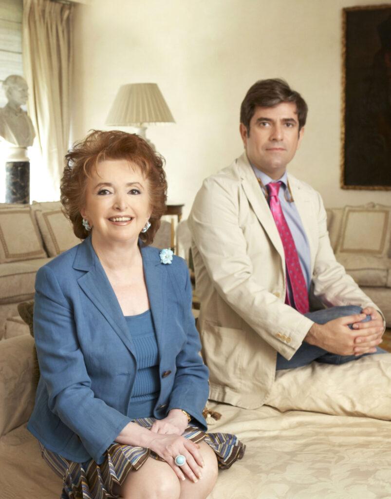 Miguel Mas junto a su madre, la Marquesa de San Eduardo, SAN EDUARDO JOYEROS, INSIGNIA DE MADRID DESDE 1982
