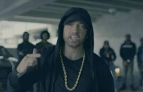 Eminem Serves Donald Trump w/Some Severe Shade @ The BET Hip Hop Awards