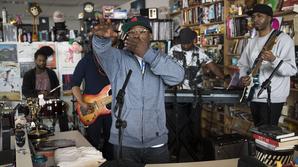 O.C. Puts On @ NPR's Tiny Desk Concert (@TheRealOCizzle @LordFinesseDITC @NPRMusic)
