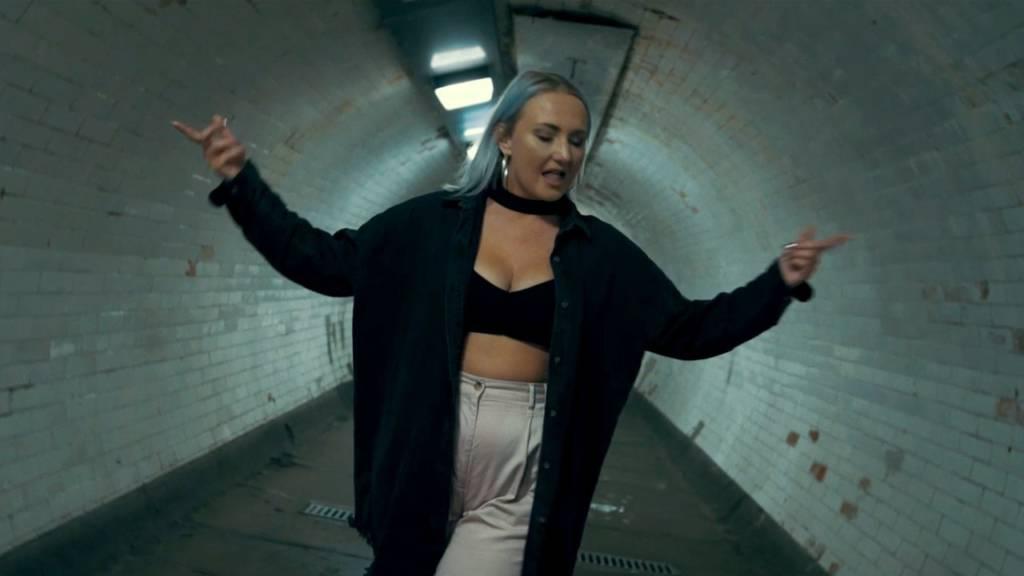 #Video: Juan Donovan feat. Danni Jackson - Chains (@JuanDonovan @IAmDanniJ @2SPR)