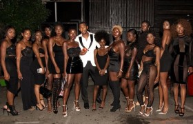 Facet aka Tommy Incredible With 13 Beautiful Black Woman [Press Photo]