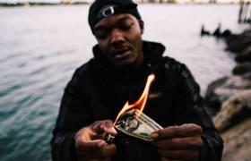 Stream L.A.Z.'s (@Flowz4Daze @ClearSoulForces) 'No Paperwork' EP