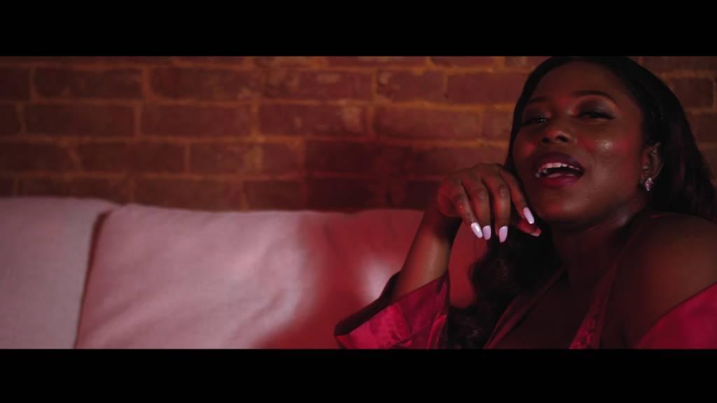 Video: Diamonique Jackson - Toast Up