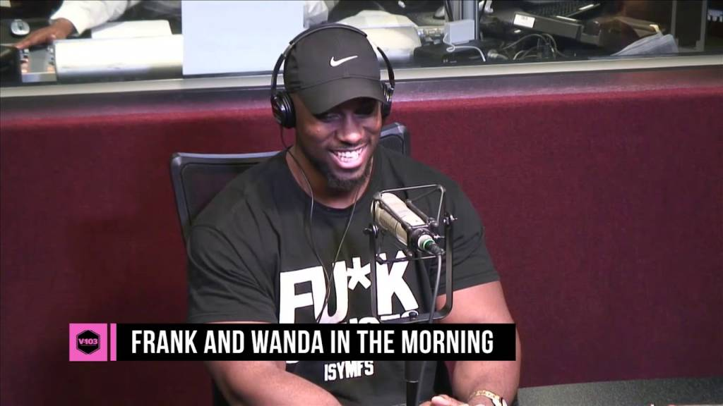 Author Derrick Jaxn Visits V-103's Frank & Wanda In The Morning (@DerrickJaxn)