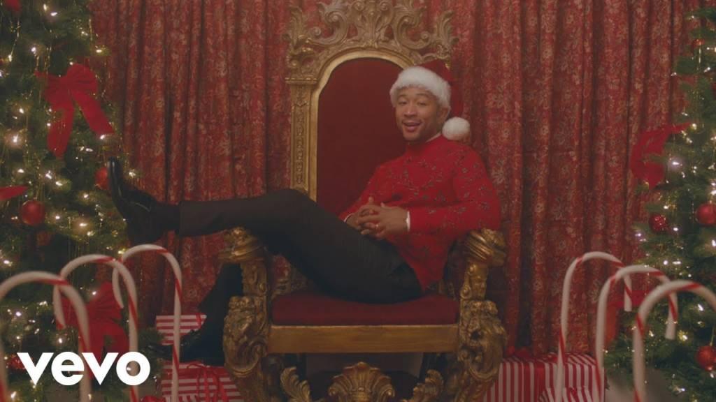 Video: John Legend feat. Esperanza Spalding - Have Yourself a Merry Little Christmas