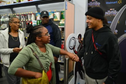 T.I. @ Walmart Distributing Free #BlackPanther Tickets (Atlanta)
