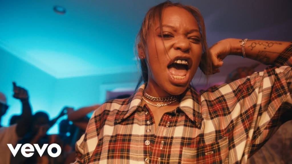 Video: Kodie Shane feat. TK Kravitz - Flex On Me