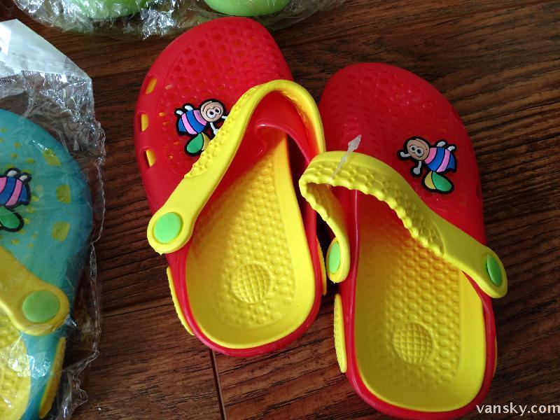溫哥華服裝鞋襪 全新兒童鞋子(10元),全新兒童拖鞋5元一雙 - 溫哥華天空 - Vansky.com