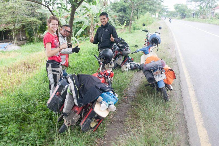 Indonéští motorkáři