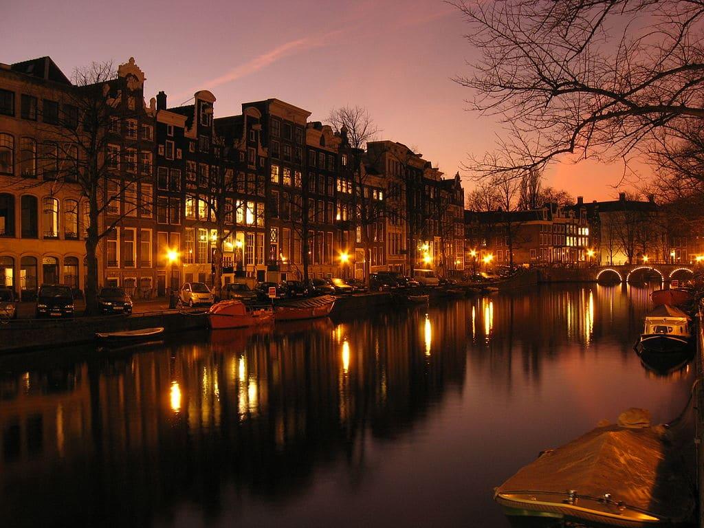 Canaux dor  Amsterdam  Quartier romantique et lgant  Vanupied