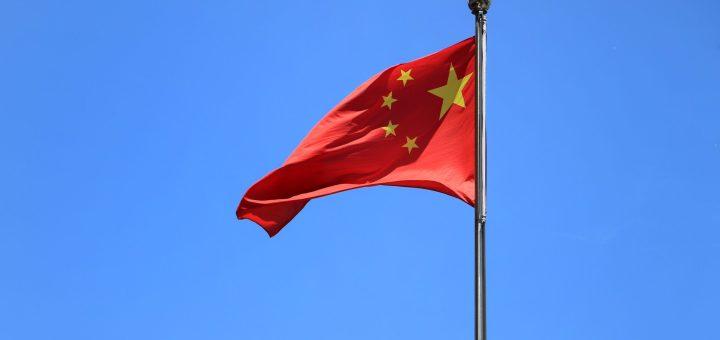 China planea endurecer la normativa sobre cigarrillos electrónicos