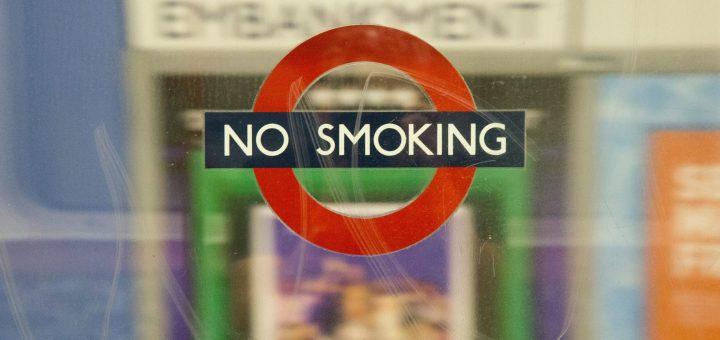 Estudio de PMI: Casi el 50% de los fumadores británicos que intentan dejar de fumar duran solo una semana