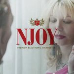 Publicité officielle – Njoy – avec Courtney Love (USA)