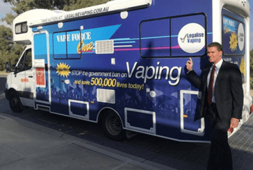 AUSTRALIA: On board his bus, a senator tries to defend the e-cigarette.