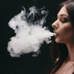 TABAC : Le stress favorise davantage le tabagisme chez les femmes.