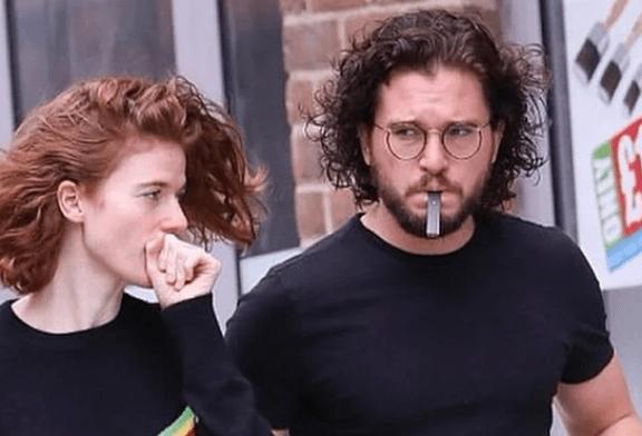 ЛЮДИ: Кит Харингтон (Джон Сноу) отучился от табака благодаря вейпу и Юулу!