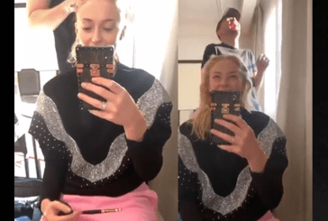 PEOPLE: By accident, Sophie Turner is filming live on Instagram with her cannabis vape.