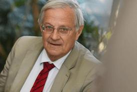 SANTÉ : Le Pr Bertrand Dautzenberg a « la certitude que la cigarette électronique aide à l'arrêt du tabac »