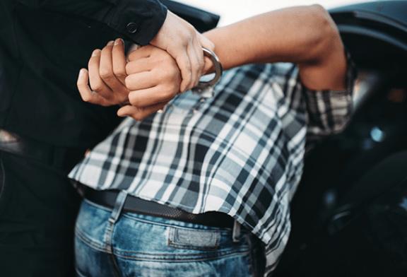 JUSTICE : La police retrouve pour 8000€ d'e-cigarettes chez un cambrioleur…