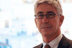 ΥΓΕΙΑ: Ο καθηγητής Benoit Vallet ζητά προσοχή στο ηλεκτρονικό τσιγάρο.