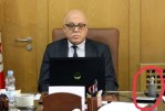 TUNISIA: Forbidden, the Minister of Health caught in the act of vaping in his office