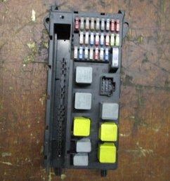 fuse box electricity central a 906 545 04 01 mercedes sprinter 2007 [ 900 x 1200 Pixel ]