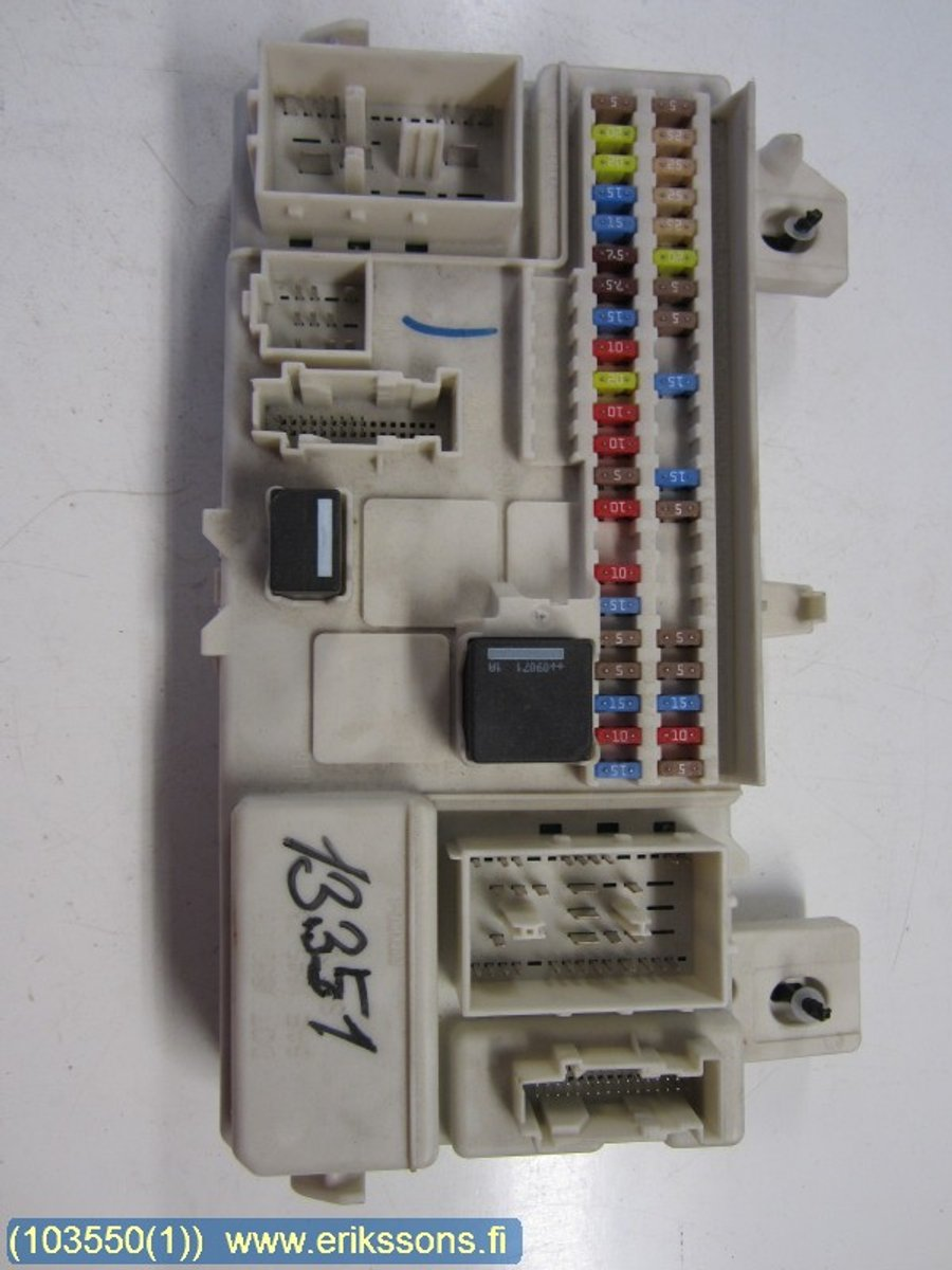 hight resolution of fuse box electricity central 31268178 volvo v50 2009