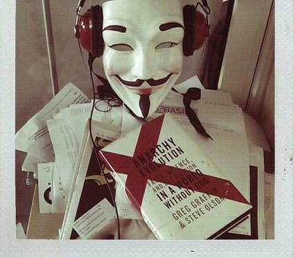 Anonymous til krig mot terroristene!